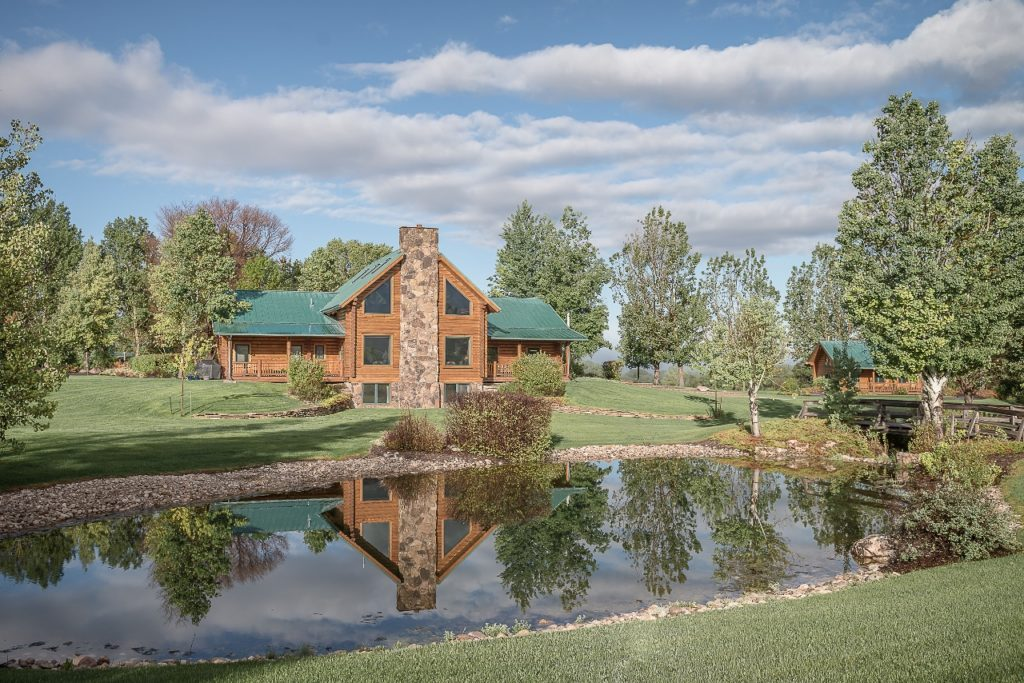 Hideout Lodge & Guest Ranch - WY