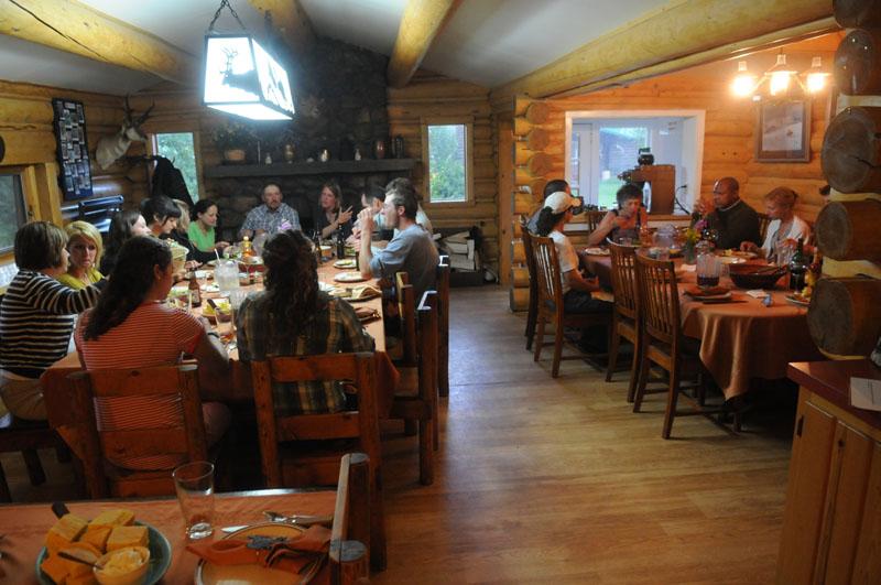 7D Ranch Dining Room