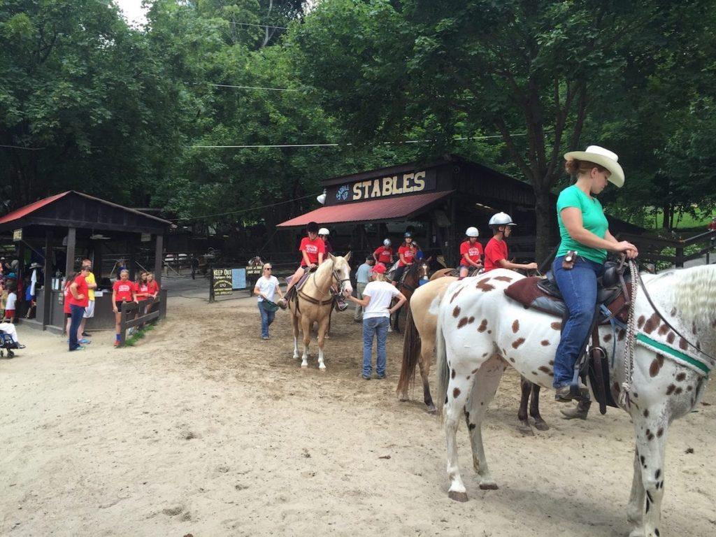 Saddle Up Stables NY Horseback Riding